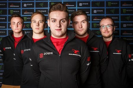 450px-Mousesports_at_DH_Leipzig_2016